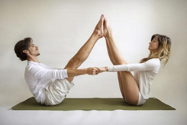 Valentine S Day Partner Yoga Thai Yoga Bodywork With Johanna Wise