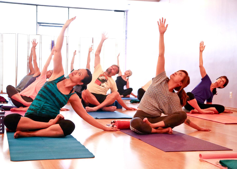 free class yoga for beginners w kayla degnan berkshire yoga
