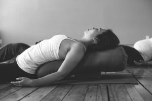 restorative yoga  meditation 4week series w/ amanda